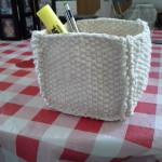 panier au tricot de coton et durci de la recette de fécule de maïs